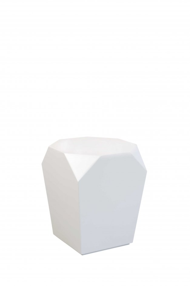 Z lacquered stool & Z lacquered side table